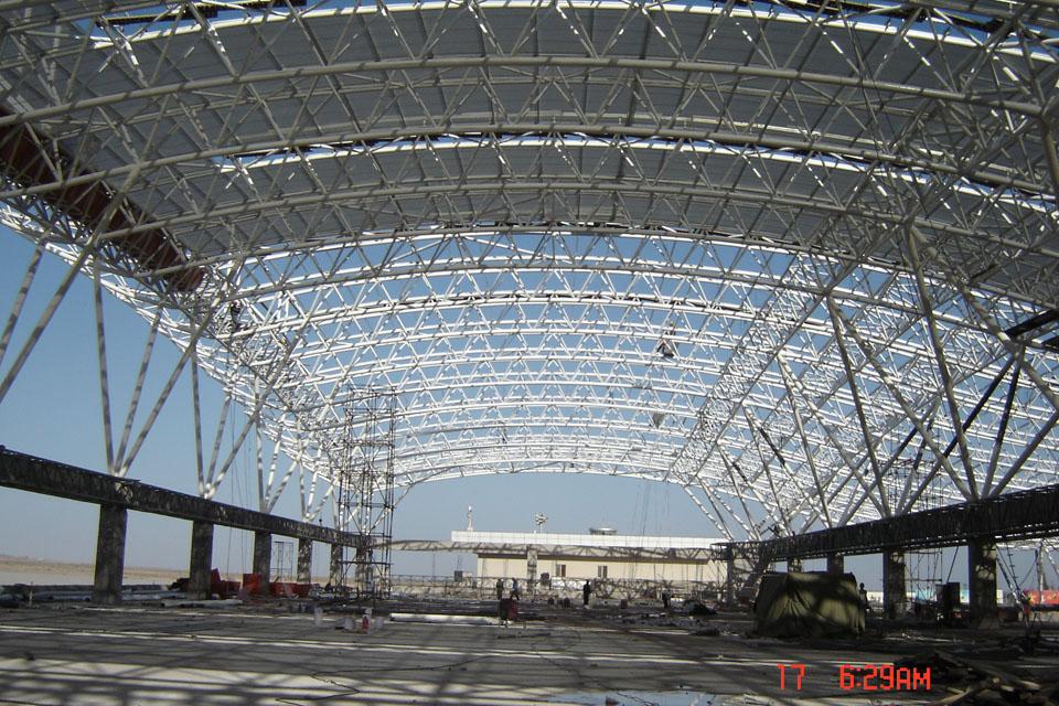 体育场屋顶结构管桁架